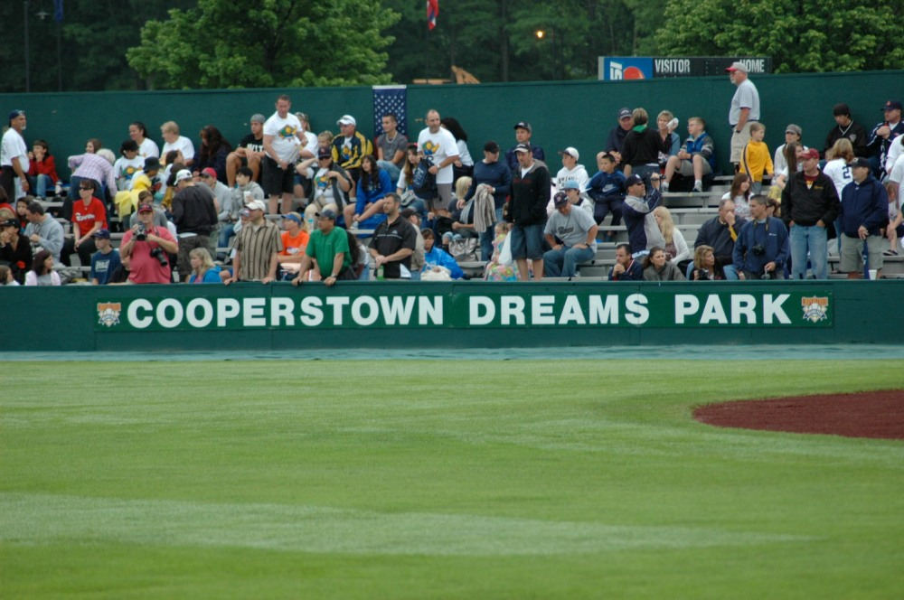 Cooperstown_Dreams_Park_Fans.JPG