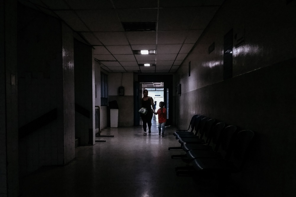 hospital-oscuro.jpg